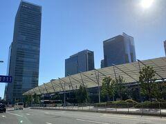 ようやく東京駅八重洲口に到着。 2時間強の散歩となりました。 恐らく一万歩は歩いたと思います。 さすがに体力の限界だったので、このまままっすぐ帰宅しました。  すっかり疲れ果てましたが、今まで歩いたことのない場所を歩いたので新鮮な気分を味わうことが出来ました。  明日はどうしようか…、後でゆっくり考えましょう。  今回もご覧いただきありがとうございました。