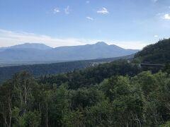 三国峠からの眺望です。 紅葉の時期はさらに美しいでしょうね。