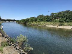 涼し気な五十鈴川ですが、とにかく暑い!!!