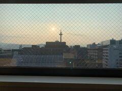 2日目!おはようございます\(^o^)/  今日も暑くなりそう・・