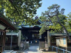 川沿いにある荏原神社。 709年に創建した大変歴史ある神社です。
