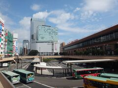 いつものルーティン。  私の旅行記でお馴染みの仙台駅遠景撮影→新幹線改札脇のこけし→在来線改札への移動が、先日、仙台へいらっしゃったTagucyanさまによって「効率の悪い移動」という事実が暴露されました(爆)
