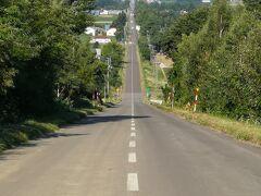 天に続く道 23キロ以上も続いてる一本道。 本当に天に続いてるように見える