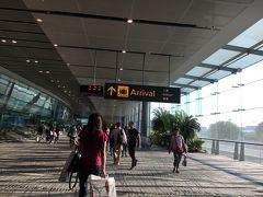 シンガポール・チャンギ空港到着。