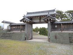 松前城の門