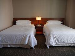本日のホテルにチェックイン 横浜駅近くの横浜ベイシェラトン