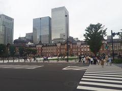 東京駅。じっくり見たことありませんでしたが、綺麗な駅舎ですね。