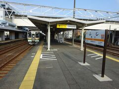 1駅だけ乗って、次の富士駅で下車。