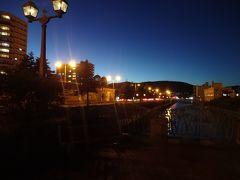 小樽運河にガス燈が灯り始めました そろそろホテルに戻ってもう一度温泉に入ろう(笑) ちなみに・・・またまた大浴場を独り占めしてきましたよ♪ みんな運河を見に行ってたのかな?