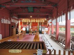 伊佐爾波神社・・・桜門に向かう135段の美しい石段が印象的な古社  日本三大八幡造りと言われる国の重要文化財で、極彩色の豪華な社殿は色鮮やかに美しく、心願成就の御利益があると言われています