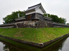 勝竜寺城 この角度からは、それなりに整備されているように映る。