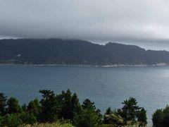 反対側の金華山。 山頂は雲の中でした。