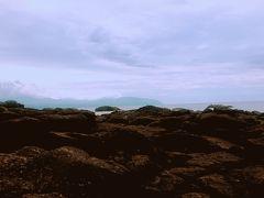 ゴールデンビーチるもいで休憩。岩場にもえた。波がすごくて迫力があってかっこよかった。