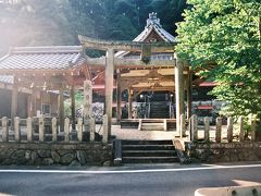 春日神社へと立ち寄った後に…。
