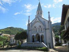 【カトリック教会】 城下町の中に突然でてくる教会
