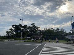5分ほどで高松築港駅に到着です。 ここからは徒歩で高松駅まで向かいます。