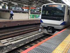 サンライズ瀬戸を見送り、同じホームから出る上野東京ラインで乗り換え無しで2時間、水戸駅へ向かいました。