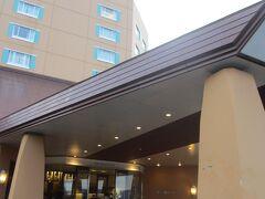 17:35 舞子高原ホテル着  係りの方が出てきてくださった。