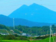 いわき-1 いわき駅 ひたち3号で   47/   5  筑波山