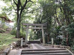阿智神社へ向かう参道です。