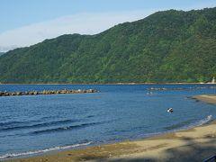 ●神崎海水浴場  京阪神地区の人に、夏にどこに泳ぎに行くの?って聞くと、かなりの確率で、「若狭の海!」と返ってきます。納得ですね。穏やかで綺麗です。