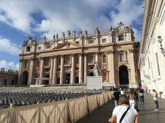 いざ、サン・ピエトロ大聖堂へ!