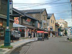 ランチ時の堺町通りは、段々と賑わいがみられるようになってきた。