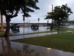 ワイアナエ・ハーバーへ到着。  見てください、この豪雨。