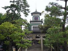 武家屋敷跡から百万石通りに出ると目の前に尾山神社。 夜の神社を見るのを忘れてました。 残念。。。。