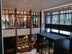 ホテル2階にあるレストラン「HARBOR KITCHEN」で朝食です。  「クラブラウンジ」での朝食が営業していないため、こちらを利用できることに。。。