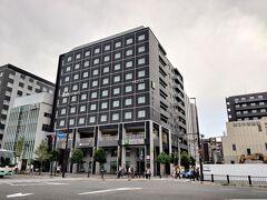 今回2泊したイビススタイルズ京都ステーション。こちらに宿泊するのはこれで3度目です。京都駅の目の前で観光先への移動に便利です。 それにしても京都は新しいホテルがどんどんオープンしており次回は別のホテルになりそうです。(笑)