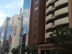 今回2泊した札幌駅前のルートインです。 ネットで予約して1泊あたり6,000円以下でした。 今の期間だけでしょうが、旅費が安く抑えられました。
