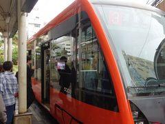 松山市駅より道後温泉に向かうべく伊予鉄に乗車します。