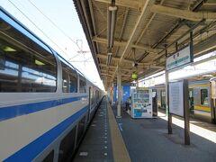 君津駅12時45分着。 隣に入っていた君津始発横須賀線直通の快速逗子行きに乗り換えます。
