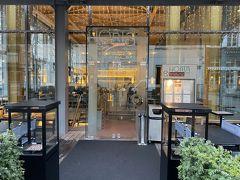グランカフェ オルタで朝食を
