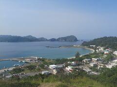 父島2日目の朝 大神山神社に登ってきました。 大村のようすが良く見えます。