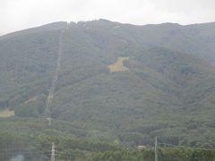 パノラマリゾート・ゴンドラ 富士見駅よりタクシーで程なく、入笠山が見えてきます。