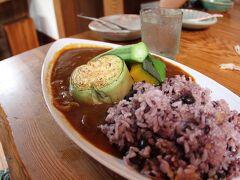 「季まま亭」で昼食にカレー