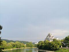 25年ほど前友人の結婚式で訪れて以来の岡山城。