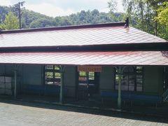 旧神居古潭駅舎はよく手入れがされている。中に入るといろいろな展示がされていた。