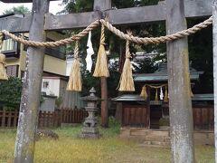 「諏訪御作田神社」10:51通過。