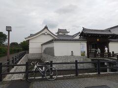 11:20、関宿城着。  千葉の最先端でもあります。  個人的にはよく来るスポットなので新鮮さは感じない。 でも初めてチャリでここへたどり着いたとき、嬉しかったっけな~