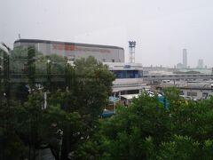 大阪南港フェリーターミナル。