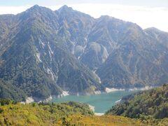 大観峰から見る黒部湖と針ノ木岳