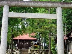 日吉神社 創立年代は不詳ですが、御神体は元禄4年(1691)に三ケ島の照明院から遷宮されたものです。