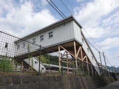 JR東海道本線由比駅です。