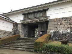 今回は、銅門は通らず常磐木門へ。