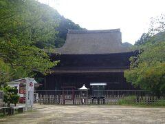 門司港から11km、15:57に長府に到着。時間がないため功山寺と乃木神社のみを観光。