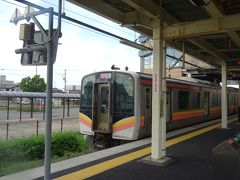 豊栄駅から、午後3時34分発の列車で新潟駅へ。