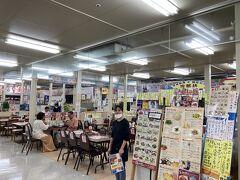 お昼はここ次郎坊  https://tabelog.com/okinawa/A4701/A470101/47000368/